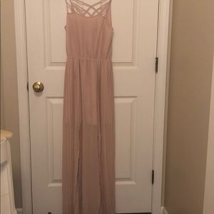 Beautiful blush pink pleated maxi dress with slits